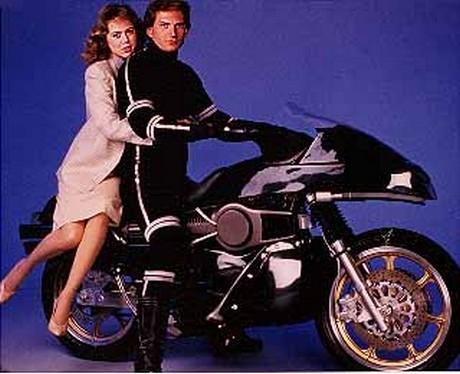 street hawk, tonnerre mécanique, supercopter, airwolf, k 2000, knight rider, jessie mach, norman tuttle, histoire des séries américaines, super-héros