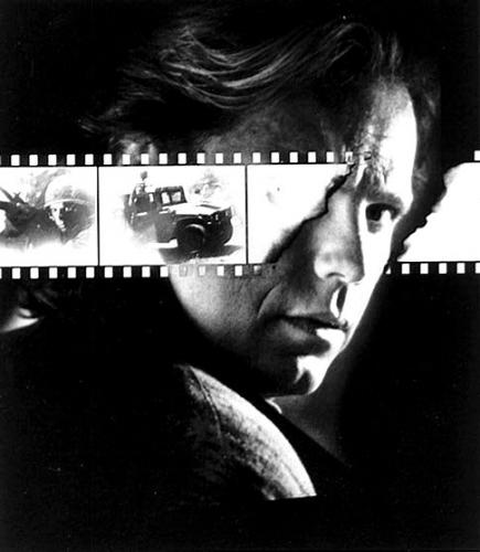 nowhere man,l'homme de nulle part,bruce greenwood,lawrence hertzog,x-files,alias,arvin sloane,l'homme à la cigarette,the prisoner,le prisonnier,souvenir,photographie,histoire des séries américaines