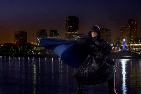The cape, summer glau, super-héros, histoire des séries américaines, heroes