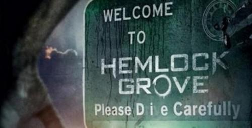 hemlock grove, bill skarsgard, famke janssen, dougray scott, aaron douglas, twin peaks, true blood, american horror story, soap, epouvante, horreur, fantastique, eli roth, histoire des séries américaines